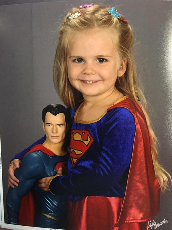 לילדה חירשת בת 3 הייתה רק משאלה אחת לתמונת המחזור שלה –ועכשיו היא הגיבורה של הגן