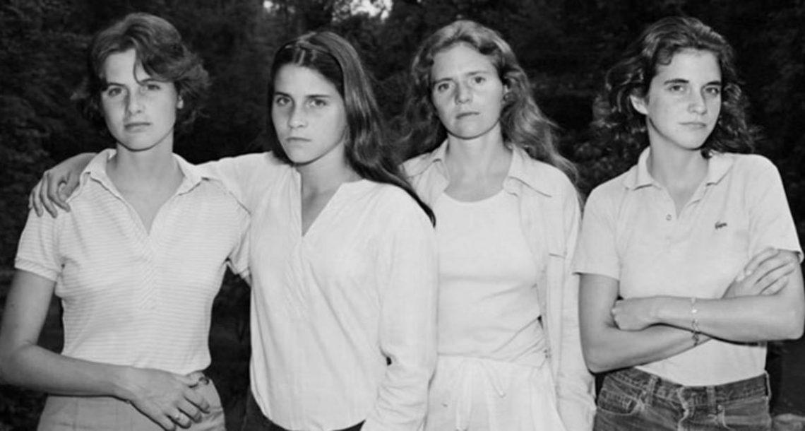 ארבע האחיות האלה הצטלמו יחד בכל שנה במשך 40 שנים. צפו בשינוי העוצמתי שהן עברו
