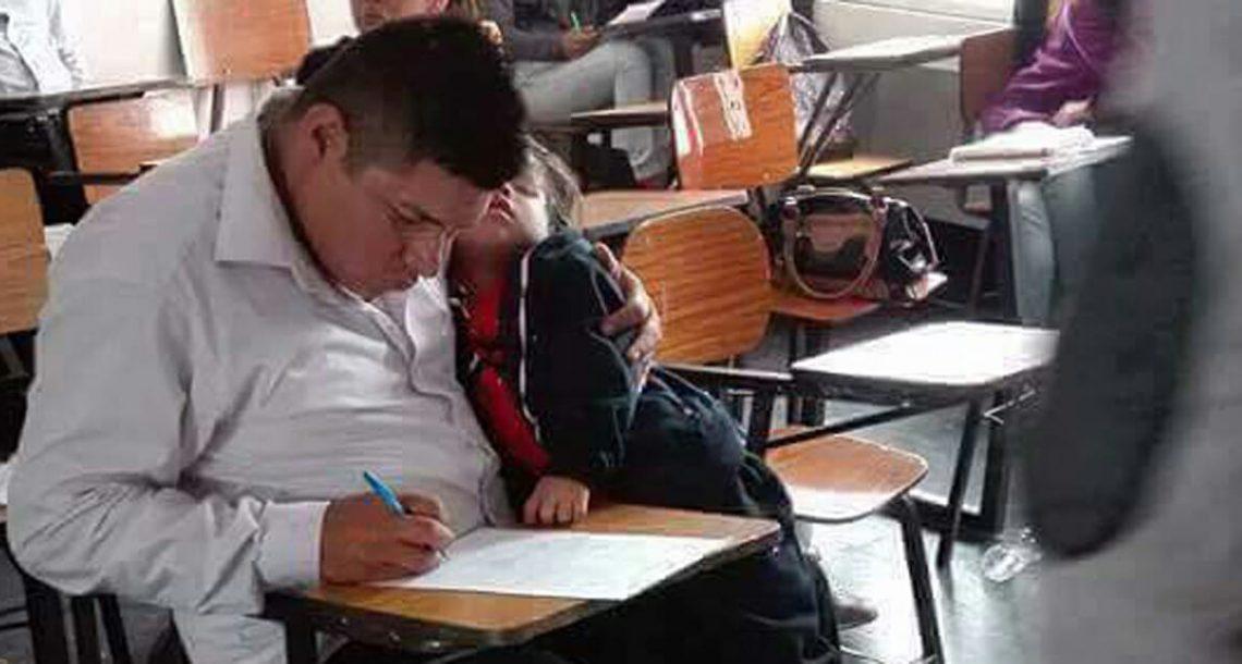 אבא עשה מבחן עם הבן שלו בזרועותיו – עכשיו התמונה ממיסה לבבות בכל העולם