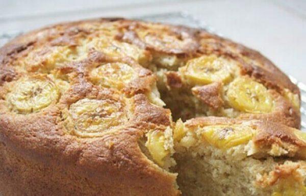 עוגת בננה בלי קמח, סוכר או חלב: טעם בלתי נשכח שיגרום לאורחים לצרוח לעוד