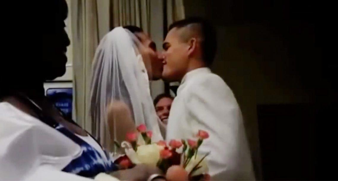אף אחד לא ידע למה החתן והכלה נמצאים בבית חולים – אז הם הצביעו לחדר וכולם התרגשו עד דמעות