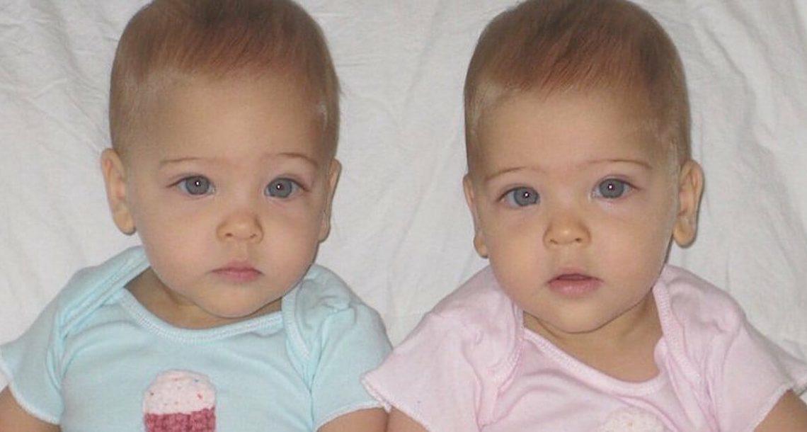 תאומות זהות נולדו בשנת 2010: היום הן כמעט בנות 8 ונחשבות ל'תאומות הכי יפות בעולם'