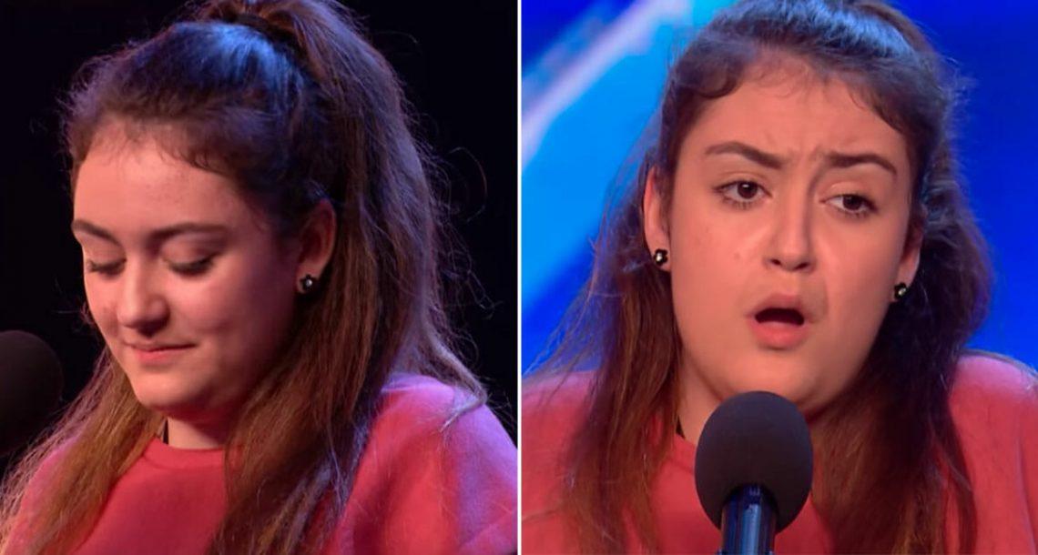 נערה לחוצה בקושי הצליחה לדבר על הבמה – שניות אחר כך סיימון כמעט נחנק כשהיא פתחה את הפה