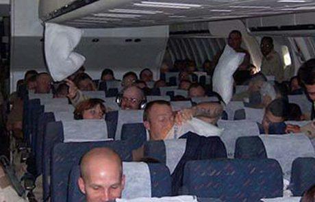 דני שמע 2 אנשים זרים מתלחשים במטוס – מיד התגנב לדיילת כדי לחשוף את האמת