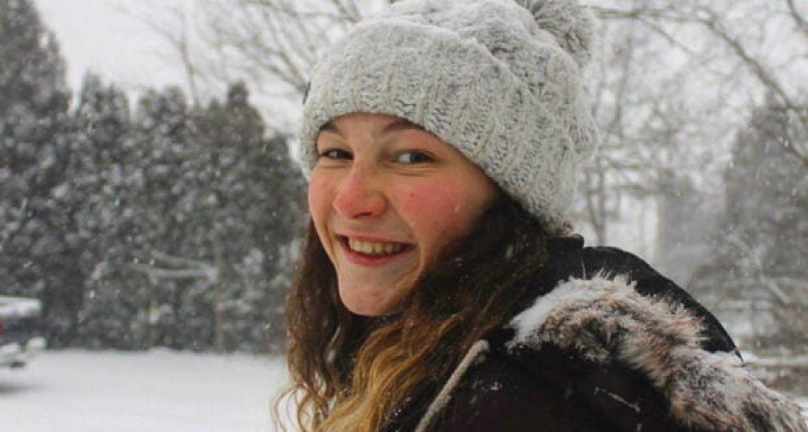 בת 17 התאבדה יומיים אחרי חופשה – אחרי שאבא מצא את היומן הסודי שלה, האמת הנוראית יצאה לאור