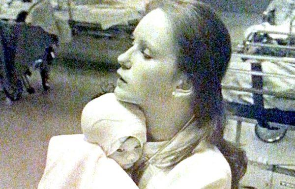 ב 1977 היא הצילה תינוקת עם כוויות – 38 שנים אחר כך היא ראתה תמונה בפייסבוק וקפאה במקום