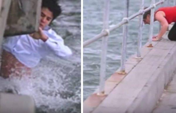 אדם פיזר את האפר של סבתא שלו בים – לפתע ראה משהו זז ומיד קפץ פנימה