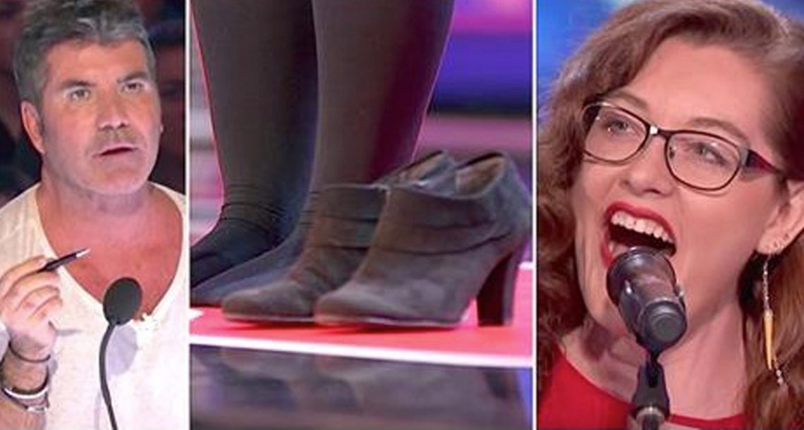 אישה חרשת חלצה נעליה כדי לשיר – ואז סיימון קאוול הבין מדוע והיה בהלם כששמע אותה שרה