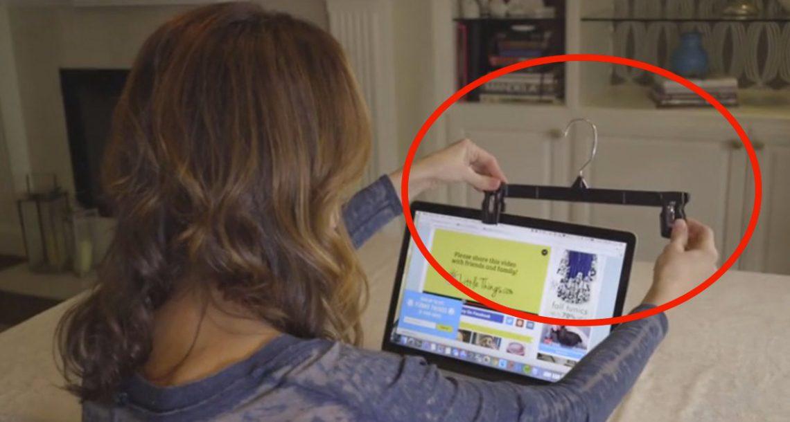 היא חיברה קולב למחשב הלפטופ שלה וחשפה טריק שכולם צריכים להכיר