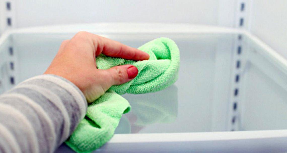 17 שיטות מעולות לשמור על המקרר שלכם נקי ומסודר