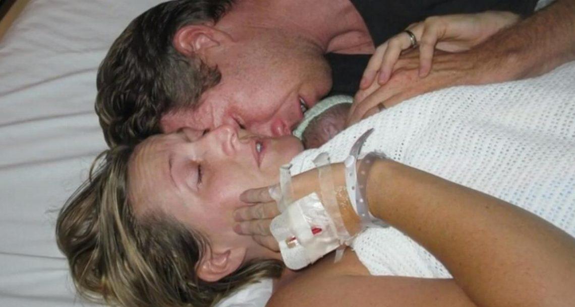 הבעל התמוטט, האישה בכתה, והתינוק שלהם מת. אם הם רק היו יודעים מה עומד להתרחש…