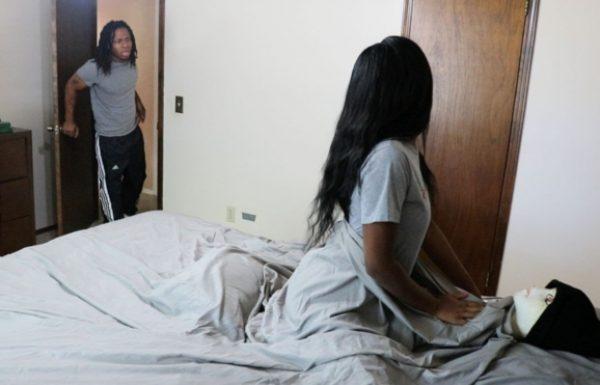 היא עבדה על בן הזוג שלה ועשתה עצמה בוגדת בו. כשהוא הגיע הביתה, היא לא ציפתה שזה מה שהוא יעשה