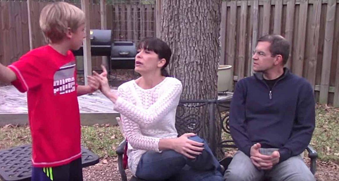 הבן שלה לא הפסיק להפריע לה…עד שהיא למדה טריק אחד פשוט. כל הורה צריך להכיר את זה