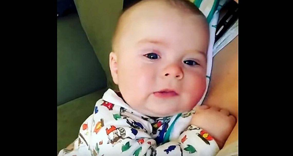 תינוק התעטש, אבל תסתכלו עכשיו כאשר הוא פותח את הפה ואומר 2 מילים. בלתי ייאמן!