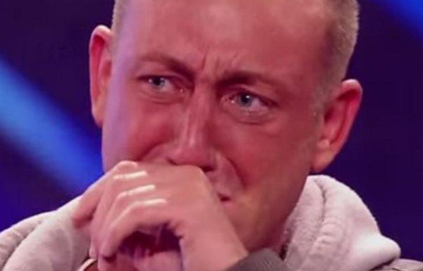 בן 34 לחוץ לא הפסיק לרעוד, אבל תראו אותו עושה כבוד לסבתו ומביא את השופטים לדמעות