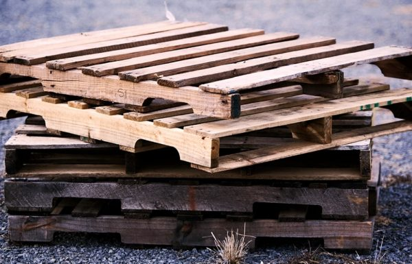 13 דברים פשוטים ושימושיים שאפשר לעשות עם משטחי עץ. #9 פשוט אדיר!