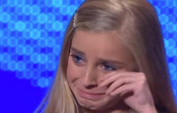 היא שרה אופרה בשידור חי בטלוויזיה. מה שהשופטים אמרו לה הפיל אותה עם דמעות