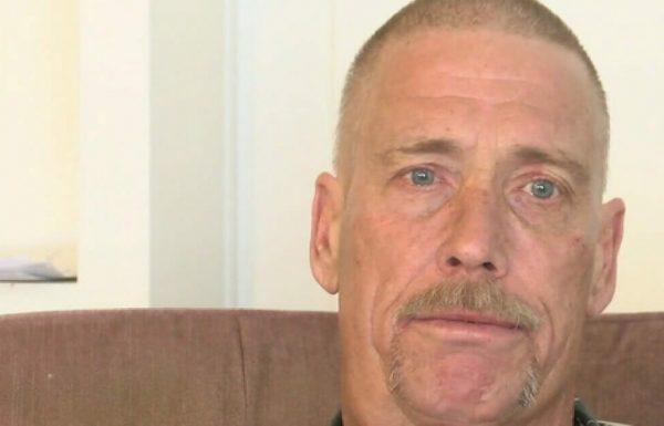 חייל משוחרר סובל מסרטן סופני – שמע דפיקה בדלת ונפל לברכיו בבכי כשהבין את האמת