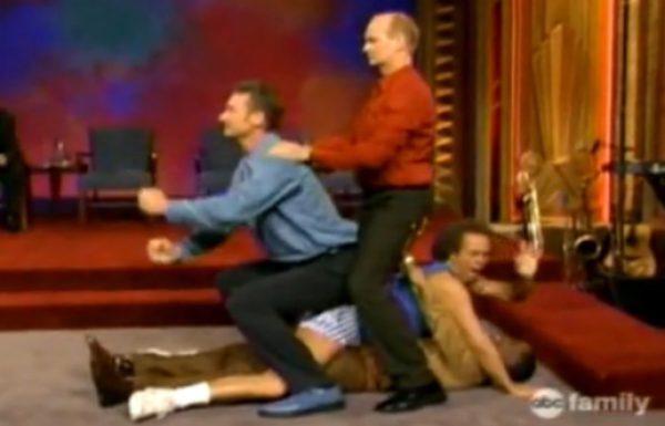ריצ'רד סימונס הופיע בתכנית של מי השורה הזו. בחיים לא ראינו את כולם צוחקים כל כך חזק