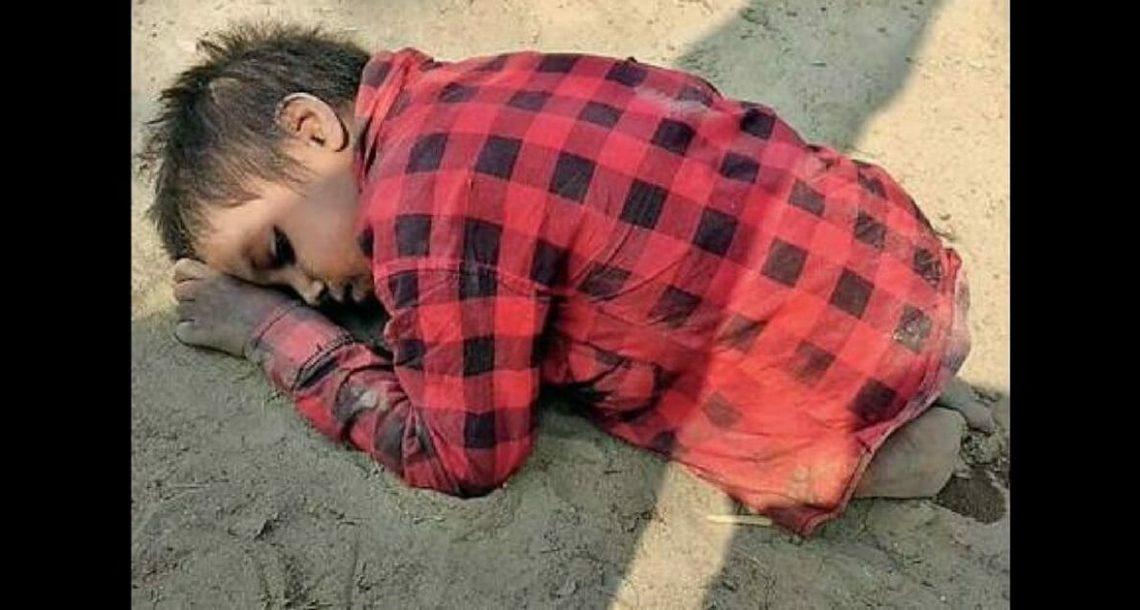 ילד בן 6 נמצא מוכה ומורעב בערימת חול: כשהאמת נחשפה, הייתי בדמעות